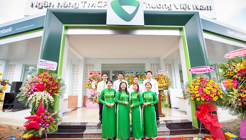Vietcombank opening transaction office at Giang Dien industrial park